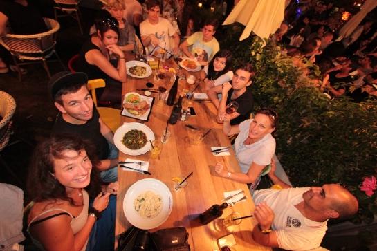 Tel Aviv_Shabbat Essen mit den Protagonisten
